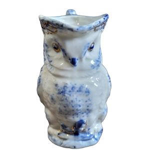 Vintage delicate Owl Creamer in blue and white